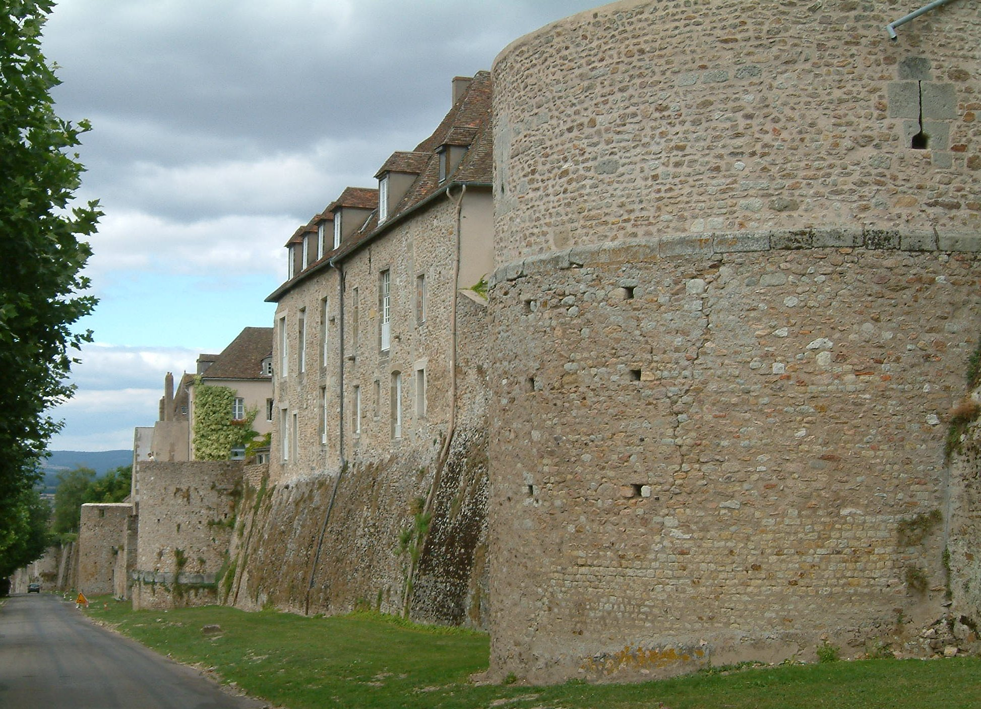 Autun_remparts